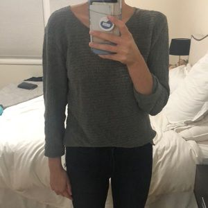 BB Dakota grey sweater